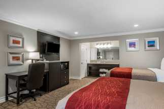 Quality Inn Downey - Flat Panel TV in our Two Bed Room